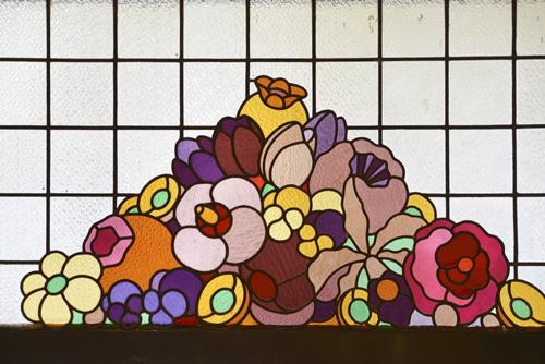 Les vitraux de la boutique Dammann Frères Victoria